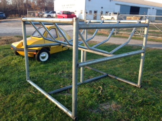 Hay Bale Cattle Feeder